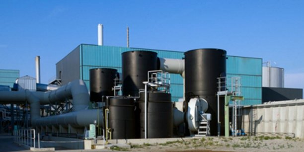 En France, Urbaser Environnement, filiale du groupe Urbaser basée à Montpellier, est présente sur les métiers de la collecte et du nettoiement mais aussi de la valorisation des déchets via l'exploitation d'unités de valorisation des déchets ménagers.