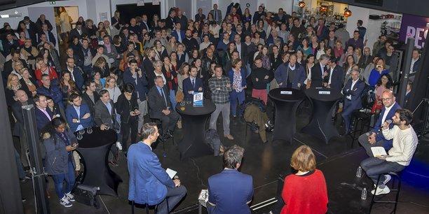 Réseaux classiques et réseaux numériques : amis ou ennemis ? : c'était le thème de la table ronde de la soirée de lancement du Réseauteur, ce lundi 14 janvier.