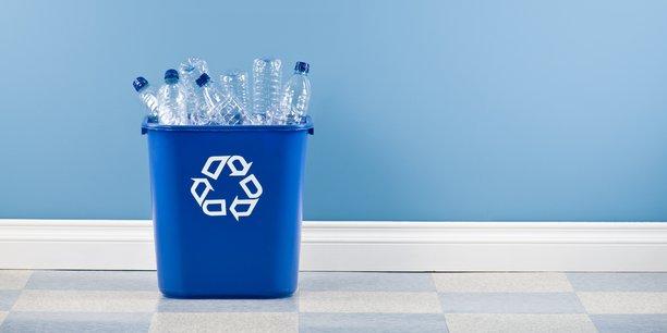 Les filières françaises de recyclage du plastique, déjà fragilisées par les fluctuations des tarifs du pétrole, ont été touchées par les nouvelles normes en Chine.