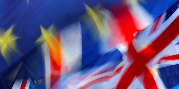 Brexit: 56% des britanniques voteraient pour rester dans l'ue, selon un sondage[reuters.com]