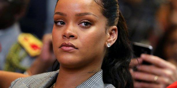 La marque de luxe, qui doit être lancée en mai ou juin par LVMH et la chanteuse Rihanna, englobera prêt-à-porter et maroquinerie.