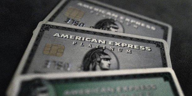 American express plombe par ses couts au 4e trimestre[reuters.com]