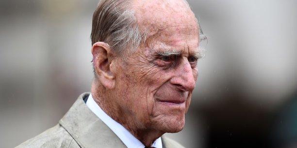 Grande-bretagne: le prince philip rappele a l'ordre deux jours apres un accident[reuters.com]