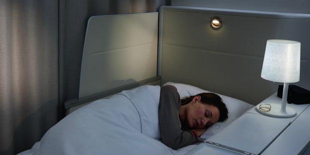 Le dernier siège de première classe convertible en lit sur Air France.