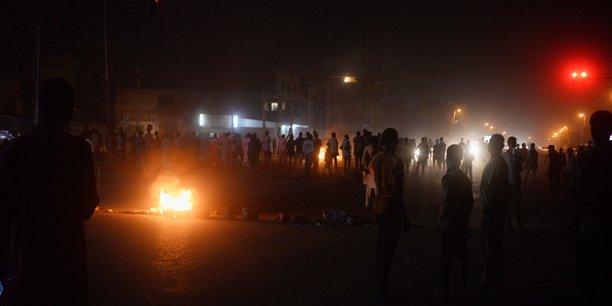Poursuite des manifestations anti-bechir a khartoum[reuters.com]