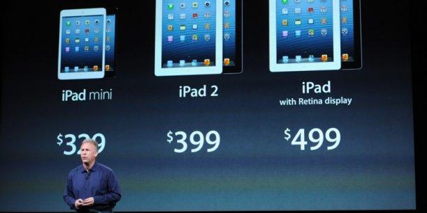 Phil Schiller, le directeur marketing d'Apple, dévoilant la nouvelle gamme d'iPad dont le mini. Copyright Reuters