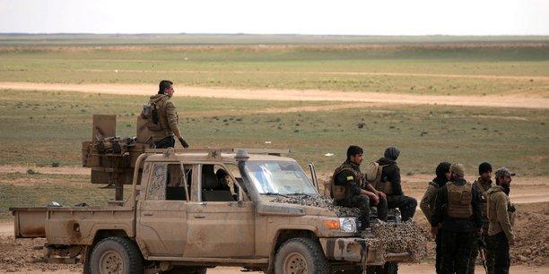 Lente progression des fds face aux islamistes dans l'est syrien[reuters.com]