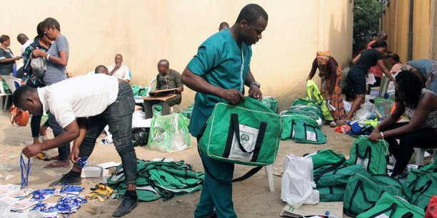 La commission électorale a avancé des problèmes logistiques comme principal motif du report du triple scrutin tant attendu.