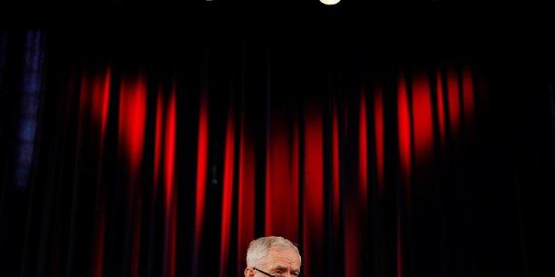 Grande bretagne: plusieurs deputes travaillistes s'appeteraient a quitter le parti[reuters.com]
