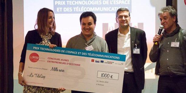 S. Ayoubi et B. Nguyen Duy de La TeleScop, aux côtés de G. Rabin (Cnes) et R. Roux (Urscop)
