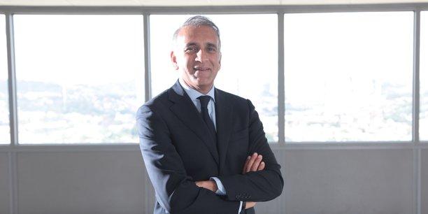 Ylias Akbaraly a racheté début août 2018 les activités civiles de Thomson Broadcast. Héritier de l'entreprise fondée par son père, il est l'architecte de la multi-sectorisation du groupe Sipromad.