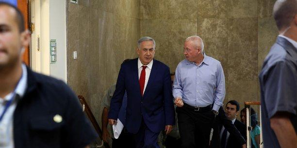 Un ministre israelien presse les juifs de france de gagner israel[reuters.com]