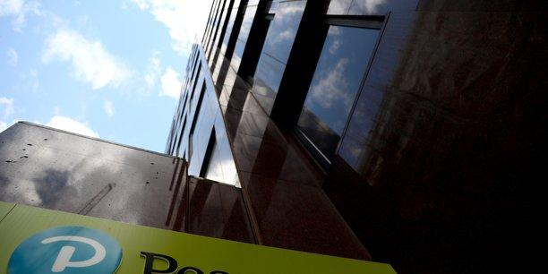 Pearson prevoit des ventes en hausse en 2020[reuters.com]