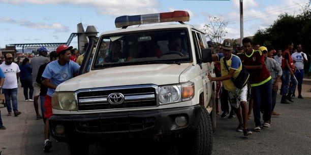 Venezuela: l'armee tire pres de la frontiere bresilienne, une femme tuee[reuters.com]