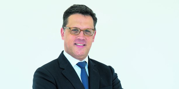 Etienne Charrieau, directeur Ile-de-France de 1001 vies Habitat et également maire adjoint d'Anthony (Hauts-de-Seine) commune de 62.000 habitants.