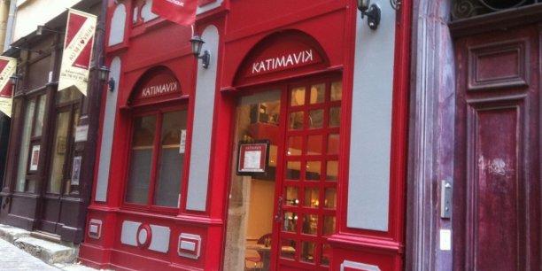 Le café-boutique Katimavik - en inuit, lieu de la rencontre au moment de la fonte des neige - dispose de 26 couverts  ©Agnès Thouvenot