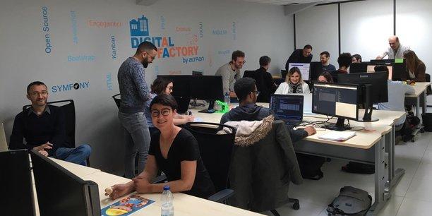L'équipe de la Digital Factory, au sein de l'agence actuelle, située à Mauguio