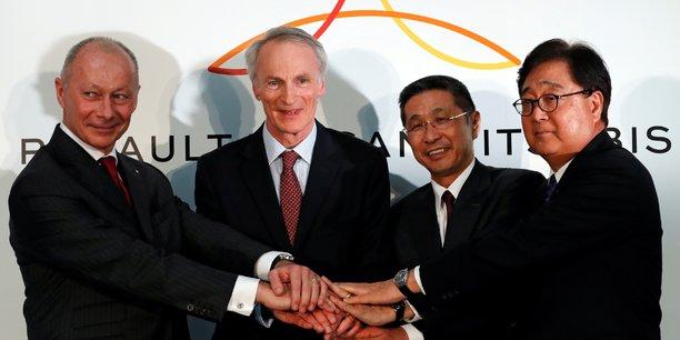 De gauche à droite, Thierry Bolloré, Jean-Dominique Senard, Hiroto Saikawa (DG de Nissan) et Osamu Masuko (PDG de Mitsubishi).