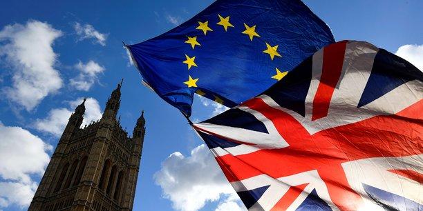 Les débats sur le Brexit se poursuivent à Westminster, alors que l'accord présenté par la première ministre Theresa May a été rejeté une nouvelle fois mardi soir par les députés.