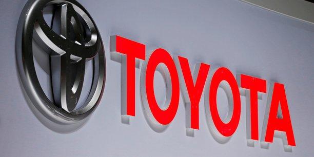 Toyota va investir 749 millions de dollars dans cinq usines americaines[reuters.com]
