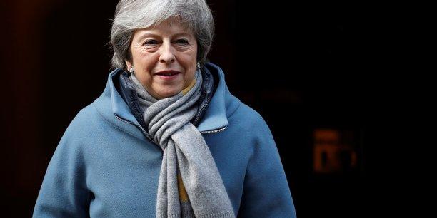 La chambre des communes soutient massivement un report du brexit[reuters.com]