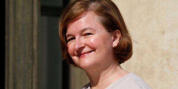Europeennes: loiseau fait acte de candidature apres un debat avec le pen[reuters.com]