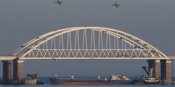 Huit russes sanctionnes par l'ue dans le dossier de la mer d'azov[reuters.com]