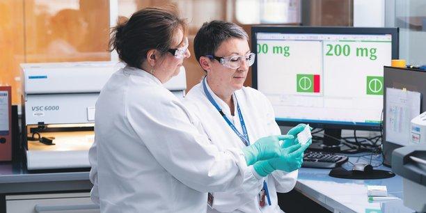 Depuis 2008, le laboratoire de Sanofi fait subir des tests à 38.000 produits pharmaceutiques.