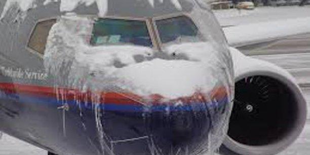 Le givre est l'origine d'un nombre important d'accidents d'avion.