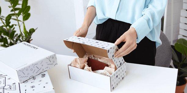 Packhelp propose d'éditer soi-même ses emballages grâce à son logiciel.