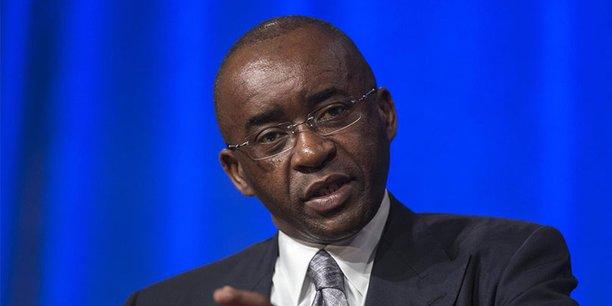 En 1997, le tycoon zimbabwéen Strive Masiyiwa fondé au Botswana l'opérateur Mascom (pour Masiyiwa Communications).