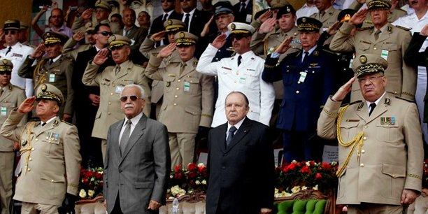 Le pouvoir dévoile son gouvernement de transition — Algérie