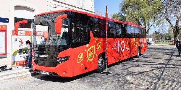 Le bus roule au bio éthanol, fabriqué à partir de marc de raisin