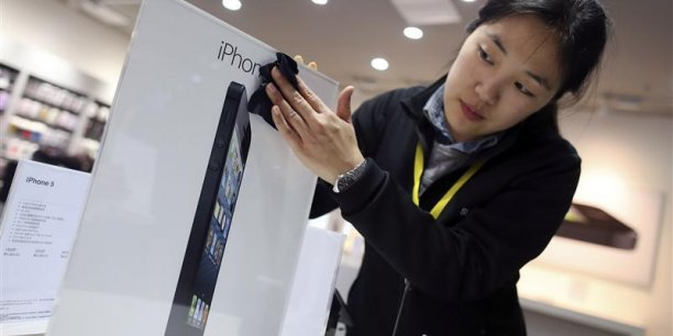 Dans un magasin Apple de Wuhan, en Chine. Copyright Reuters