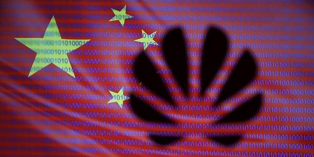 La proposition de loi concernant la sécurité des réseaux 5G est examinée alors que beaucoup, en Europe, craignent que les équipements de Huawei soient utilisés à des fins d'espionnage pour le compte de Pékin.