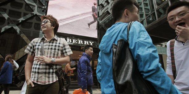 En Chine, les ventes de luxe en ligne ont augmenté de 27% en 2018, pour atteindre 10% du total des ventes.