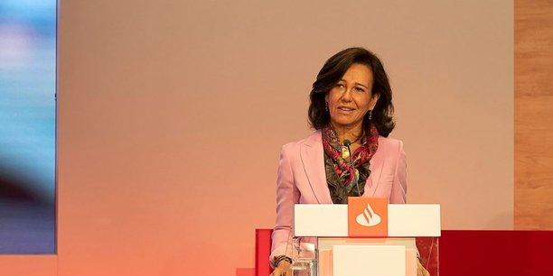 Ana Botin, la présidente de Santander, première banque de la zone euro par la capitalisation boursière, mercredi à Londres.