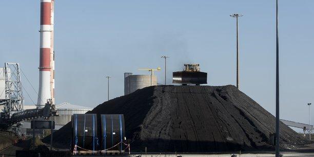 Idée des salariés : remplacer 80% du charbon par de la biomasse, réalisée à partir de déchets végétaux ligneux et de bois de récupération.