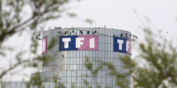 La filiale de Bouygues a engagé un long bras de fer avec Orange, Free (Iliad), SFR (Altice) ainsi que le groupe de télévision Canal+ (Vivendi) en vue de faire payer la reprise de ses chaînes TF1, LCI, TMC, TFX, TF1 Séries Films.
