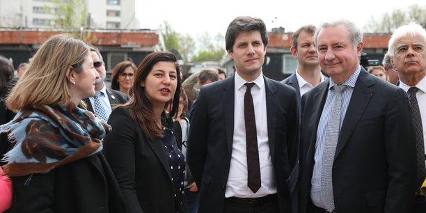 L'élue démissionnaire (deuxième en partant de la gauche) est au cœur d'une polémique politique.