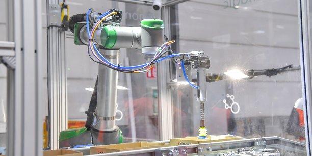 Le bras articulé intelligent de Nomagic est déployé en phase d'apprentissage depuis fin 2018 dans l'entrepôt Cdiscount de Cestas.
