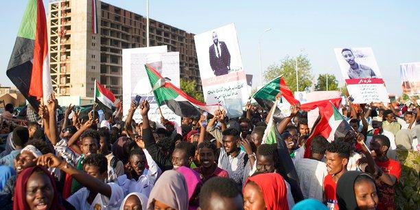 Les contestataires soudanais maintiennent leurs revendications[reuters.com]