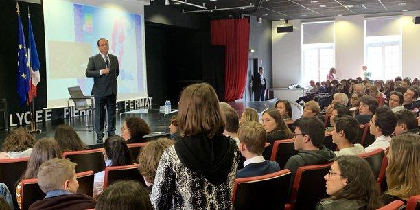 François Hollande a échangé pendant deux heures avec des lycéens de Toulouse.