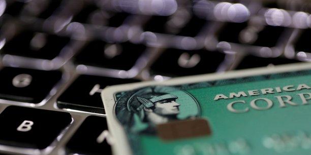 Amex accuse une baisse de 5% de son benefice au 1er trimestre[reuters.com]