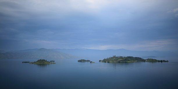 Rdc: treize morts, 142 disparus apres un naufrage sur le lac kivu[reuters.com]