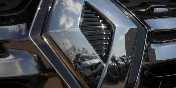 Renault devoile son nouveau kangoo, silence sur la version daimler[reuters.com]