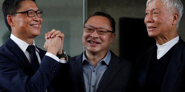 Hong kong: les chefs du mouvement occupy condamnes a 16 mois de prison[reuters.com]
