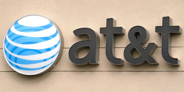 AT&T a racheté l'an dernier le groupe de médias Time Warner (CNN, HBO, studio Warner Bros) pour 85 milliards de dollars.