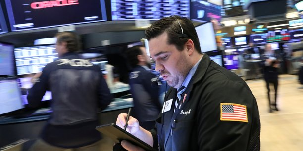 Wall street finit sur une note irreguliere[reuters.com]