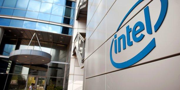 Intel reduit ses previsions, le titre chute[reuters.com]
